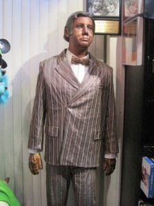 Andy Kaufman Heartbeebs costume