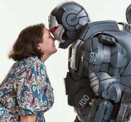 Christina kissing her War Machine