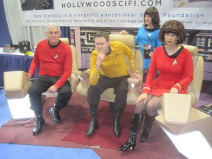 Thu Star Trek Crew